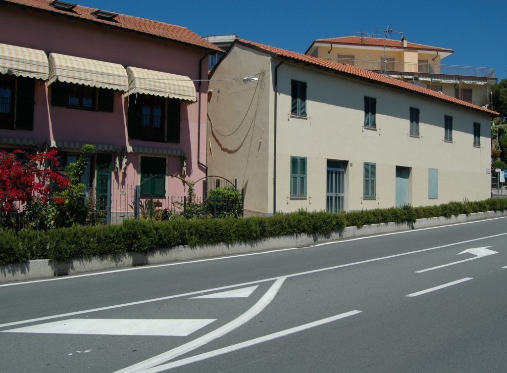 San Lorenzo al Mare (IM): centro storico di levante